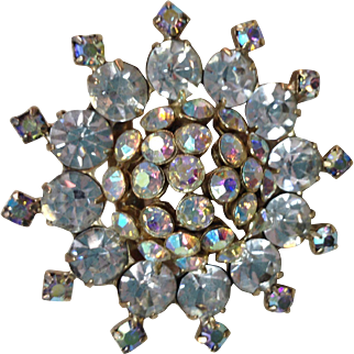 Beautiful vintage 1950s starburst AB rhinestone domed  pin brooch