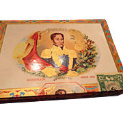 Vintage cigar bolivar box beautiful art work