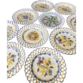 Vintage assorted hand painted carvalhihno Portugal plates