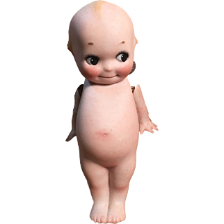 "Adorable 4.5"" Kewpie with signed O'Neil foot"