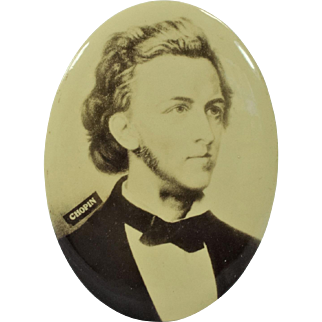 Large Easel Back Celluloid Button with The Image of Chopin