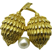 Hattie Carnegie Double Pine Cone Simulated Pearl Brooch Pin
