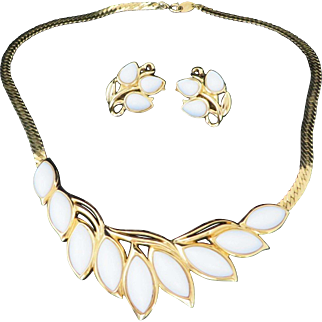Trifari Demi Parure, White Glass Gold Tone Bib Necklace and Earrings Set, Vintage 1980s Jewelry Set