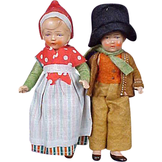 Adorable Bisque Welsh Couple