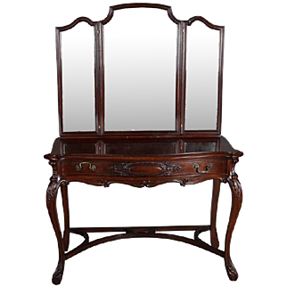 Antique Acanthus Carved Mahogany Triptych Mirrored Vanity, circa 1890