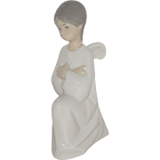"Vintage LLadro NAO Kneeling ""Angel with Crossed Arms"", 5"" tall, Mint Condition"