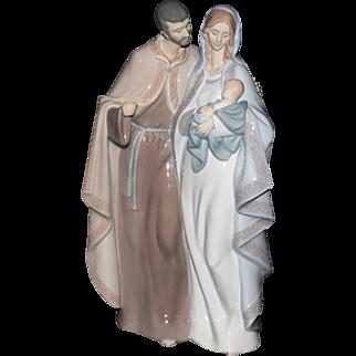 Vintage Retired Lladro 6761 Blessed Family Mary Joseph & Baby Jesus Nativity