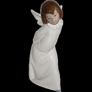 "Lladro #4960 ""Curious Angel"" Angel Farolero 9.5"" Tall w/Original Box, 1977"