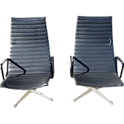 Pair of Herman Miller Aluminum Lounge Chairs Designed by Charles Eames, Mid Century Modern