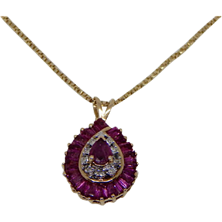 14k Yellow Gold Diamond & Ruby Cluster Pendant/Necklace
