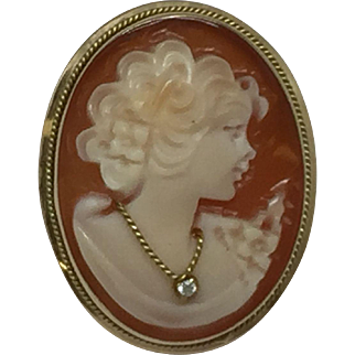 14k Gold Shell Cameo Pendant / Brooch
