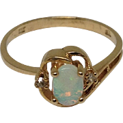 10k Opal & Diamond Ring Yellow Gold