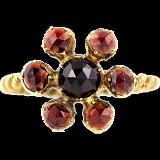 Antique 9ct Gold Rose Cut Garnet Cluster Ring c1850