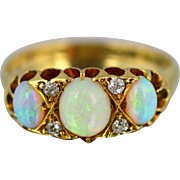 Beautiful Edwardian 18ct Gold Opal & Diamond Ring - Circa 1904