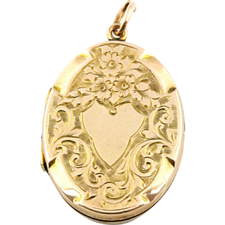 Edwardian 9ct Yellow Gold Oval Locket
