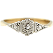 Beautiful 9ct Gold Art Deco  Diamond Ring- c.1920