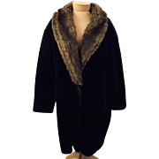 70s Women's Coat by Intrigue Dark Green Velvet Fox Fur Collar Size L