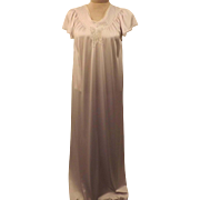 70s Vanity Fair Lavender Nightgown Size XS  Full Length