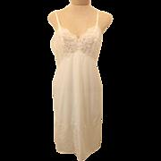 Vintage 70's Full Slip Vanity Fair White Tricot Nylon Size 36