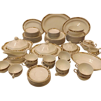 Antique 1913 Johnson Brothers Beryl English Ironstone China Service for 12 92 pieces