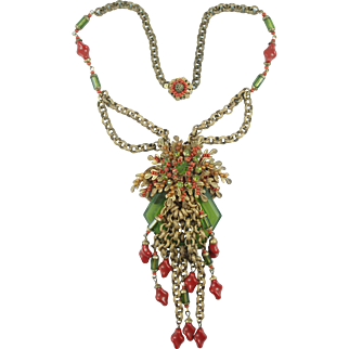 Book Piece: MIRIAM HASKELL Green and Coral Glass Beads Gilt Chain Necklace
