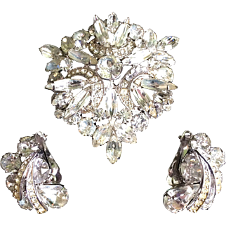"Vintage Weiss ""Ice"" Rhinestone Brooch and Earring Set Signed"