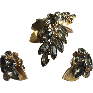 Weiss Signed Brooch and Earring Set
