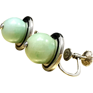Geometric Minimalist Earrings Vintage 1960s Mid Century Modernist Gift Earrings Crafted in 14 Karat White Gold with Jadeite Jade Accents and Screw Backings Christmas Giftable Jade Earrings for Her