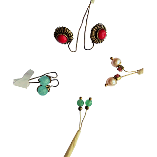Lots of n° 4 beautiful and stylish pair of earrings for antique doll (Jumeau, Bru,Steiner), handmade old Victorian style.
