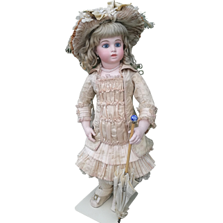 """Extraordinary  BRU JUNE """" Circle and  Dot """" Doll , size 10 , 26 inches (66cm), 1880"""
