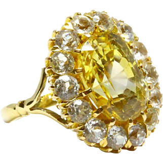 10.97 carat Edwardian Yellow Sapphire Ring – Certified No Heat – Ceylon Origin