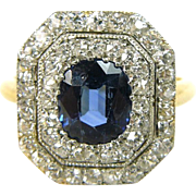 Art deco ring with sapphire and diamonds, 18K gold.