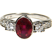 Original vintage ring with a ruby and diamonds, 14K white gold