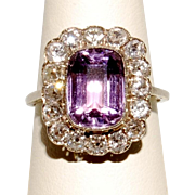 Art deco white gold ring with amethyst and diamonds