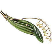 Brooch shape of lily of the valley, 14K white gold, jade, diamond, pearls.