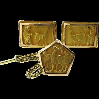 Vintage 18 Karat Gold Peruvian Llama Cufflinks
