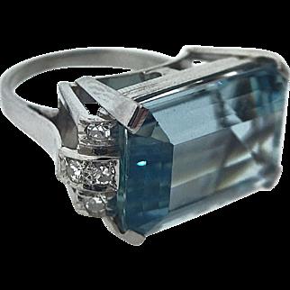 Vintage Art Deco Style Platinum Aquamarine Ring - 10 Carat