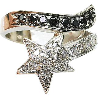 Modern Estate 14k White Gold - 3/4ct. Black & White Diamond ladies Star Ring
