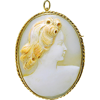 Vintage 14k yellow gold Carved Shell Cameo High Relief Cameo Pin Brooch pendant