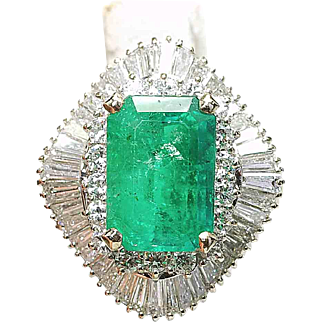 Vintage 14k White Gold 4.20ct Emerald & 2.50ct. Diamond ladies Ballerina ring