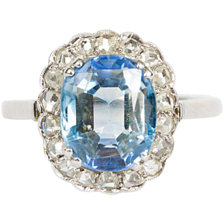 French 18ct White Gold - Cushion cut Sapphire - Diamond Halo - Solitaire Ring