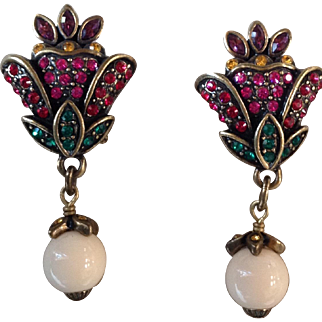 "Vintage Heidi Daus ""Hues Loveliest of All"" Swarovski Omega Back Earrings Simulated Coral"