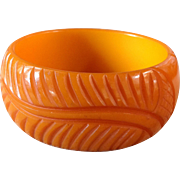 Vintage Carved Pumpkin Butterscotch Bakelite Leaf Bracelet