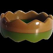 Vintage Bakelite Two Color Laminate Zig Zag Bracelet