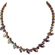 Pretty Vintage Weiss Aurora Borealis Rhinestone Necklace