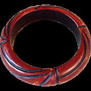 Vintage Cast Carved Two Color Bakelite Bracelet
