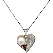 Solid 14K White Gold Round 7mm Pearl Heart Pendant