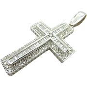 14K White Gold 3.00ctw H/VS-SI Round & Baguette Diamond Religious Cross Pendant
