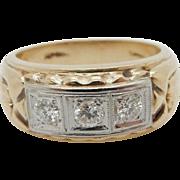 Vintage 14K Yellow Gold 0.50cttw F-VS2 3-Stone Round Diamond Mens Band Ring 9.75
