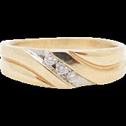 Vintage 14K Yellow Gold 0.15cttw G/SI 3-Stone Round Diamond Mens Band Ring 9.75